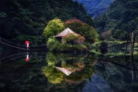 A beleza dos lagos espelhados
