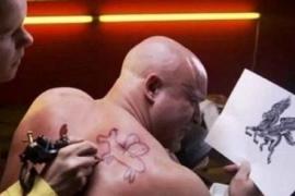 Por que se deve pensar antes de fazer uma tatuagem?