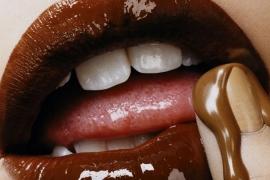 Pesquisas apontam que fazer sexo acaba com a vontade de comer doces