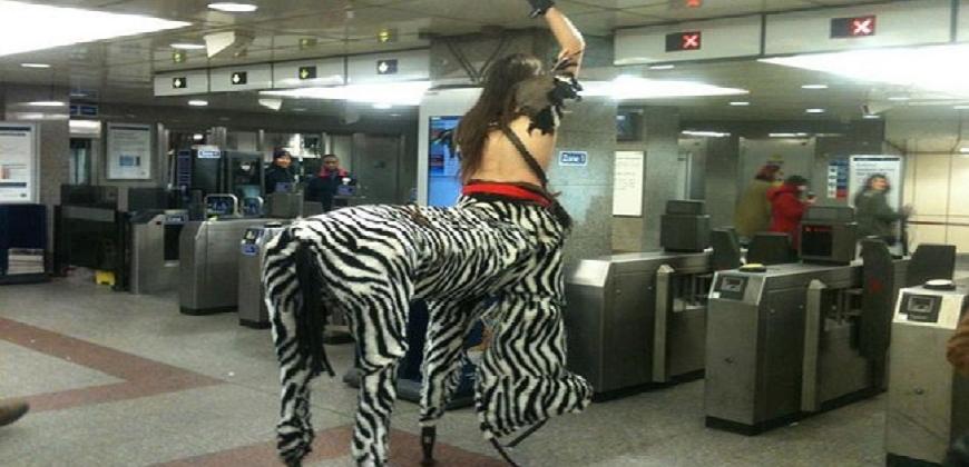 Provas de que o metrô está ligado a outra dimensão