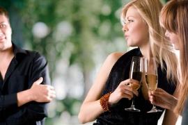6 provas de que namorar pode ser muito difícil se você é atraente